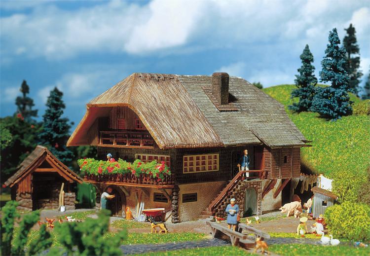 Csn faller 131290 fattoria foresta nera fattorie for Immagini di case in stile fattoria