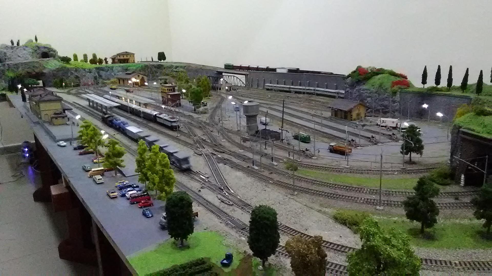 Schema Elettrico Per Plastico Ferroviario : Progetto comando e segnalazioni per scambio modellismo ferroviario